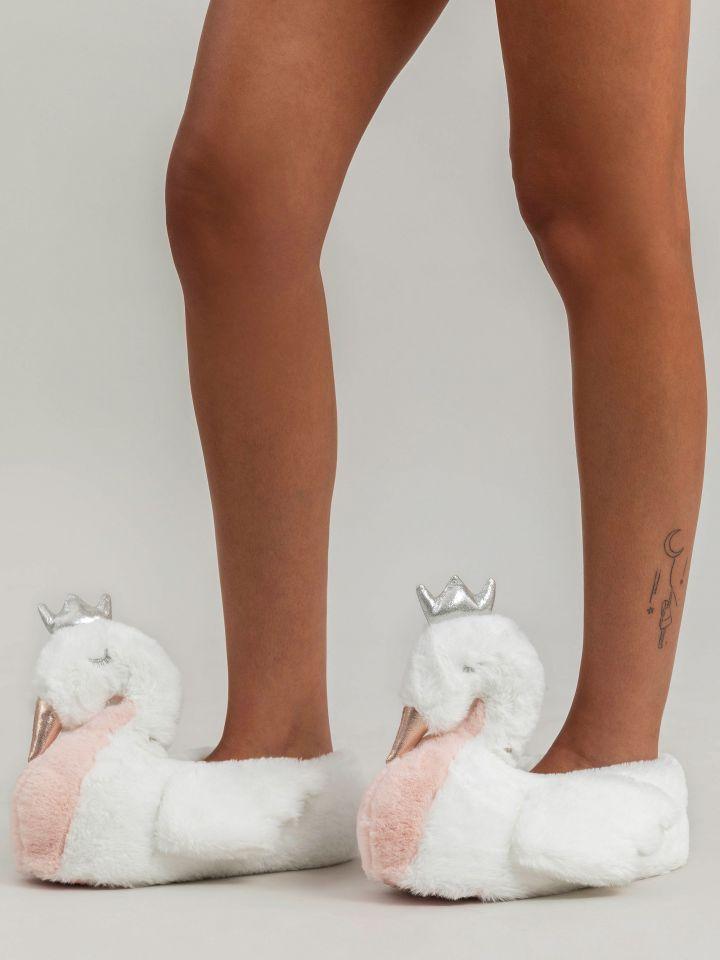 נעלי בית WHITE SWAN